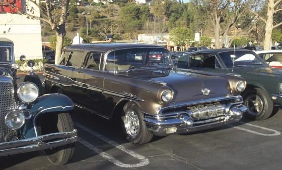 57 Pontiac Safari Wagon 1