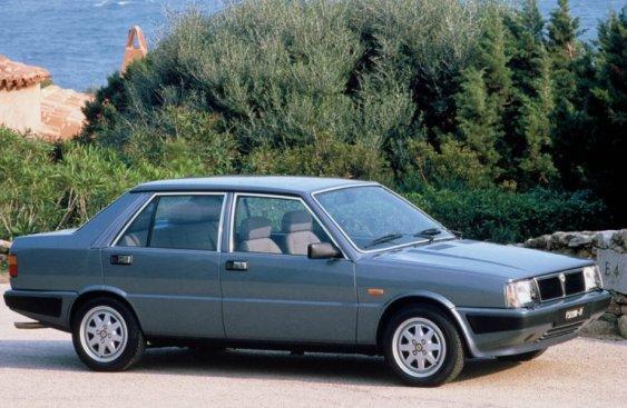 Lancia-Prisma_1986
