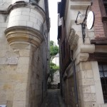 Sneaky side street in Chinon