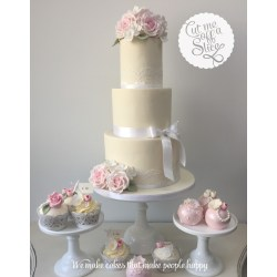 Small Crop Of Wedding Cake Table