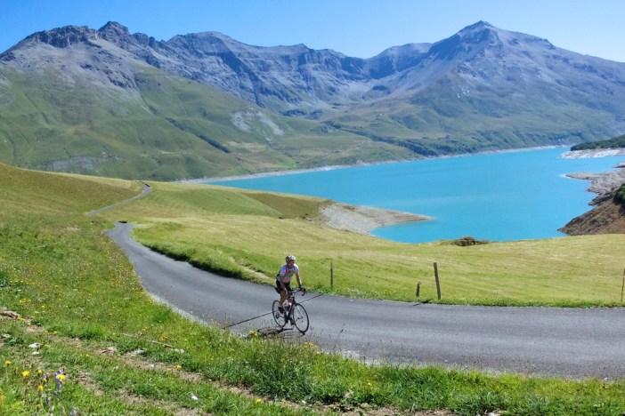 Little road to Col du Petit Mont Cenic