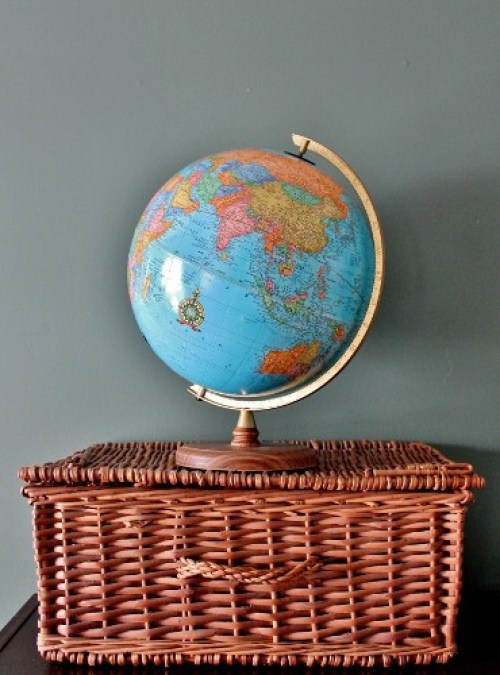 globe and basket trunk