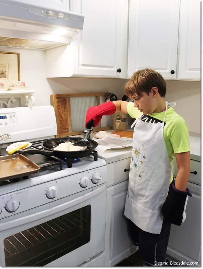 3 Ways to Get Kids Interested in Cooking, DagmarBleasdale.com