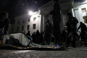 Protesters set up tents in front of Sproul Hall early Thursday morning.