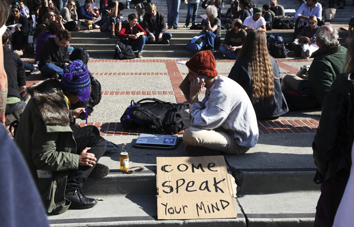 Protesters held teach-ins and spoke in groups on Sproul Plaza on Thursday morning.