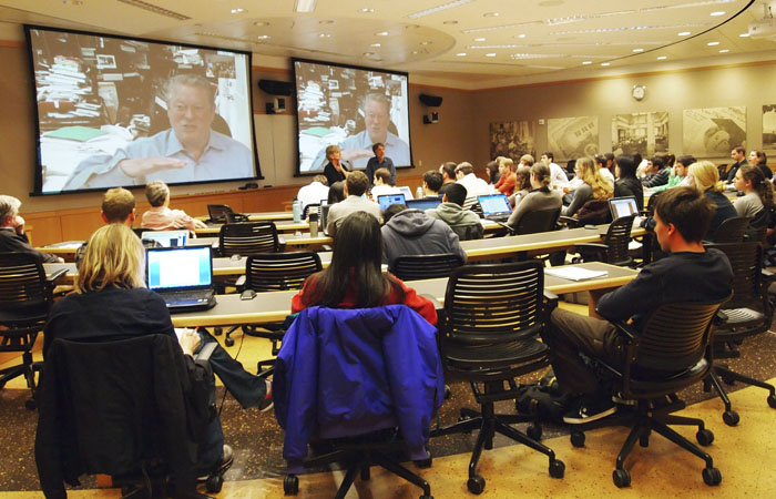 Former Vice President Al Gore spoke to law students through video chat on the topics  of energy usage and the environment.
