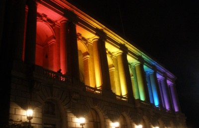 The San Francisco City Hall celebrated SF Pride Week by projecting the rainbow flag onto its facade.