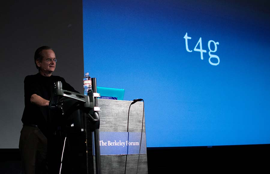 Lawrence Lessig speaks to UC Berkeley about the role of money  in disenfranchising voters at a Berkeley Forum event Friday.