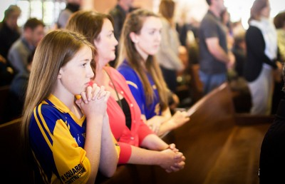 On Sunday, a community mass was held at St. Mary's Cathedral in San Francisco for the victims of the balcony tragedy. Many attendees sported Irish sports jerseys to honor their country.