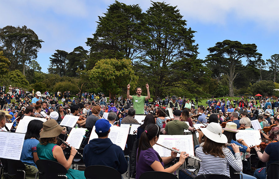 San francisco botanical garden blooms with local talent for flower piano project the daily for San francisco botanical garden hours