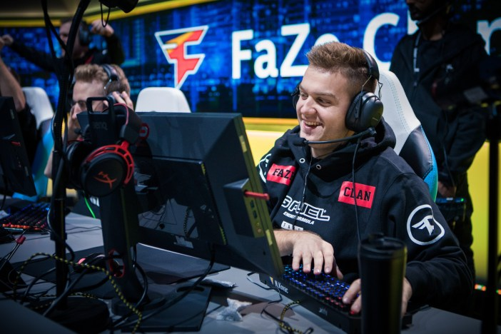 FaZe celebrating on stage at IEM Oakland 2017.