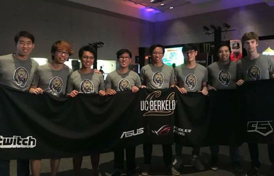 "Cal Starcraft in 2016 Left to Right: Conan ""Suppy"" Liu, Alan ""Abstinence"" Yao, Vincent ""BubbaGump"" Escueta, Kevin ""Goky"" Seo, Hewson ""hewston"" Ju, Fred ""Oodi"" Lee, Jono ""Arka"" Disenhof, Nick ""Silky"" McNeese."