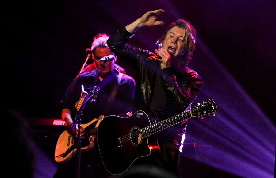 The Goo Goo Dolls Bring Back The 90s In Dizzy Up The Girl Tour