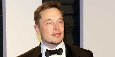 Why Did Fans of the K-Pop Group Loona 'Dox' Elon Musk? | The Daily Dot