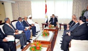 President Mohamed Morsi met Sudanese Vice-President Ali Taha  (Photo Presidency Hand out )