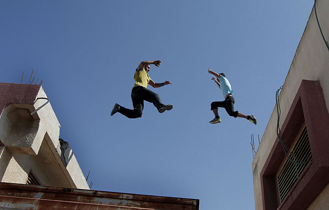Parkour, however, is a popular if unorthodox sport that has taken a firm hold in the Land of the Pharaohs. (AFP Photo)