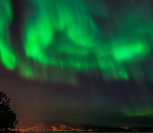 Northerbn Lights tourism in Norway