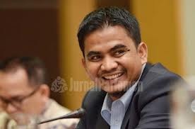 Indra, Anggota Komisi III Fraksi (PKS)