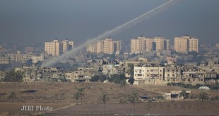 Roket yang di tembakkan Hamas (inet)
