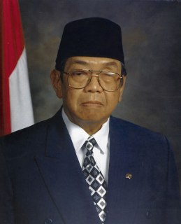 Abdurrahman Wahid, Presiden RI ke-4. (id.wikipedia.org)