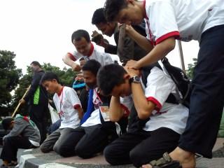 Freeze mob aksi Suriah di Air Mancur-Bogor oleh FSLDK Indonesia