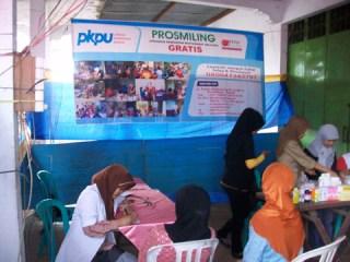 Prosmiling (Program Kesehatan Masyarakat Keliling) PKPU untuk korban banjir Jakarta, Senin,20/1 (Foto: pkpu)