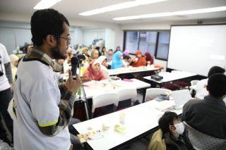 Abdurohman, salah seorang WNI ketika menyampaikan Aspirasinya - Foto: PIP PKS Jepang