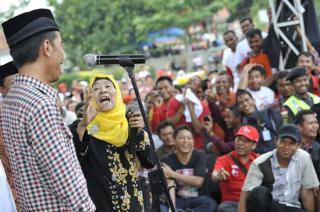 Jokowi ketika berkanpanye di Majalengka pada Rabu, 18 Juni 2014.  (antara.com)