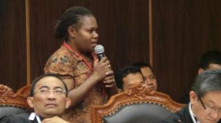 Novela Nawipa, saksi Prabowo-Hatta dari Kampung Awaputu, Kabupaten Dogiyai, Papua.  (tribunnews.com)