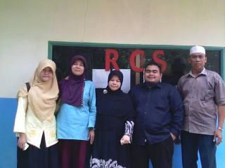 Kunjungan BASEFOR (Banten Sharia Economics Forum) STEI SEBI ke Radio Cempaka Suara (RCS), Rempoa – Tangerang Selatan. (khafa/basefor/steisebi)