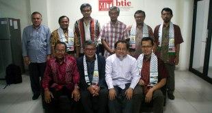 Masyarakat Ilmuwan dan Teknolog Indonesia (MITI) mendapat kunjungan dari Pertubuhan IKRAM Malaysia (IKRAM), Sabtu (23/5/2015). (Deslaknyo Wisnu Hanjagi)