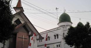 Masjid dan Gereja (inet). (viva.co.id)