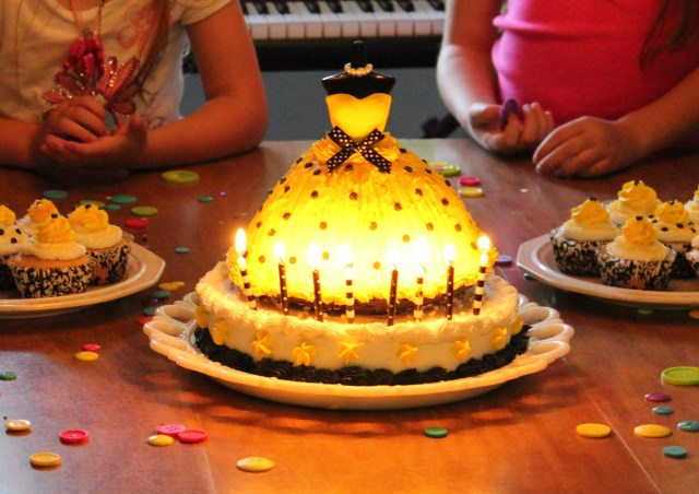 Black and Yellow Fashion Dress Birthday Cake with Candles