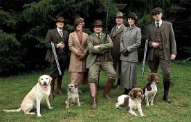 La veste Norfolk fait partie de la garde-robe typiquement british style de la série TV Downtown Abbey.