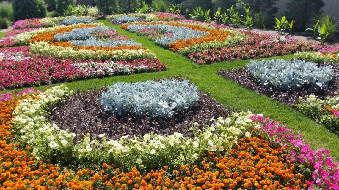 Linton's Enchanted Gardens Quilt Garden