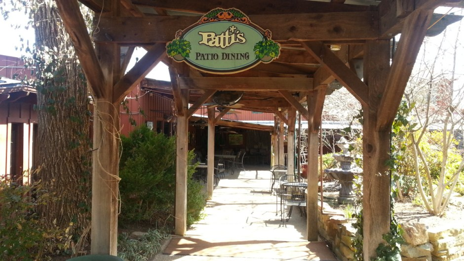Outdoor Patio at Patti's 1880's Settlement