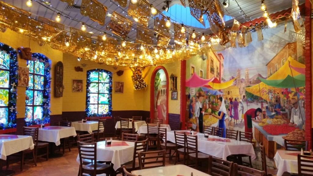 Mi Tierra Cafe in San Antonio