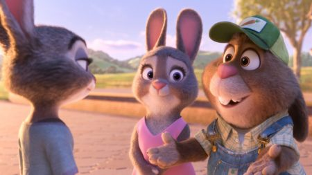 ZOOTOPIA –Pictured (L-R): Judy, Bonnie, and Stu Hopps. ©2016 Disney. All Rights Reserved.