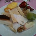 Kaeseplatte-Obst