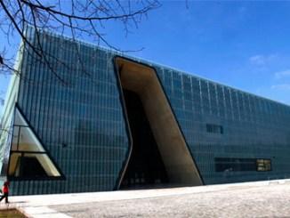 JuedMus1.jpg. Das Museum zur Geschichte der Juden Polens, Foto: Muzeum Historii Zydow Polskich