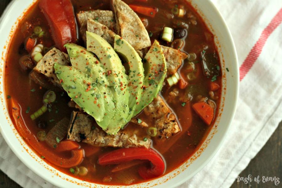 Fajita Veggie & Brown Rice Soup. YUM! via @DashOfEvans