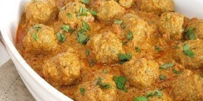 Kofta Recipe – Pakistani Meatballs with Curry
