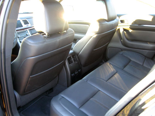 2009 Lincoln MKS rear interior