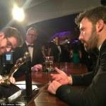Affleck Shaves Beard Following Oscar Win