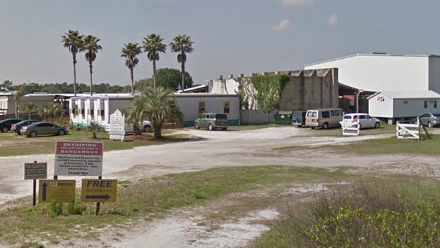 Two Die Skydiving near Tampa