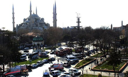 Istanbul Explosion Kills 10, Injures 2 (PHOTO)