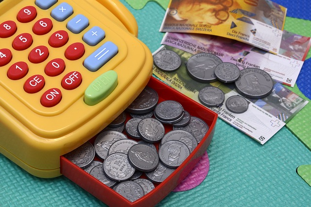 toy-cash-register-2922214_640