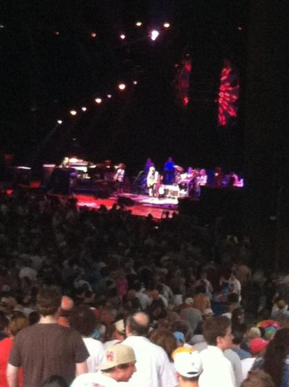 Fire on the mountain sounds so good ‪#Furthur‬ ‪#manncenter @cp316