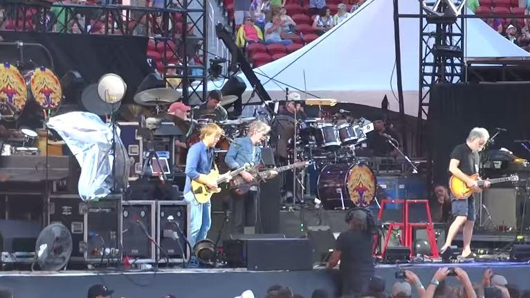 "VIDEO: – Grateful Dead  ""Brown Eyed Women"" – Fare Thee Well, Santa Clara, CA,  June  28th 2015 #levisstadium #Dead50 #GD50"