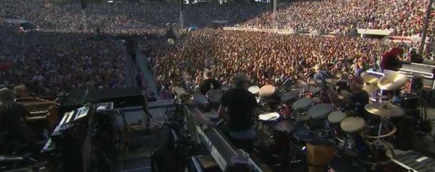 """VIDEO: Grateful Dead """" Feels Like A Stranger""""  #GD50 Santa Clara, #levisstadium"""